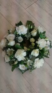 funeral wreath white