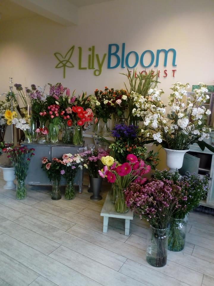lily bloom florist choice